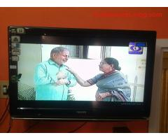 32 inch philips lcd tv 3 years use for sale at excellent condition