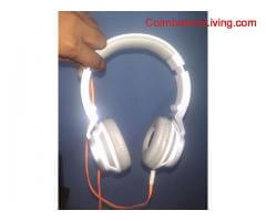 6 months old JBL boom boom headset for sale at very good condition