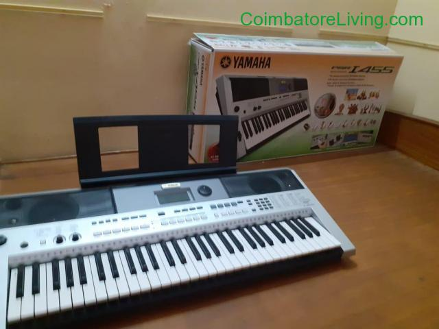 coimbatore - Used New YAMAHA PSR-I455 Keyboard for sale - 3/4